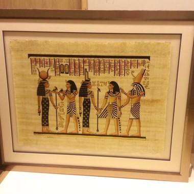 Bespoke papyrus frame