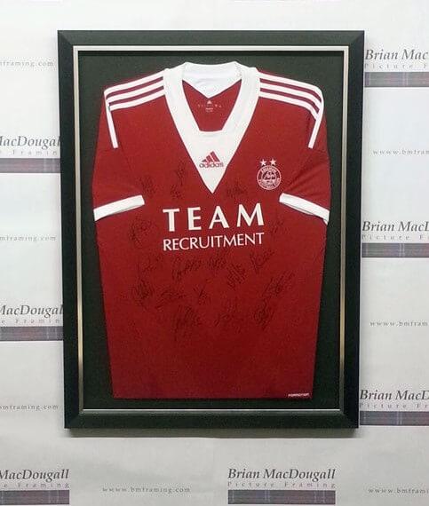 Framed football tops - Aberdeen